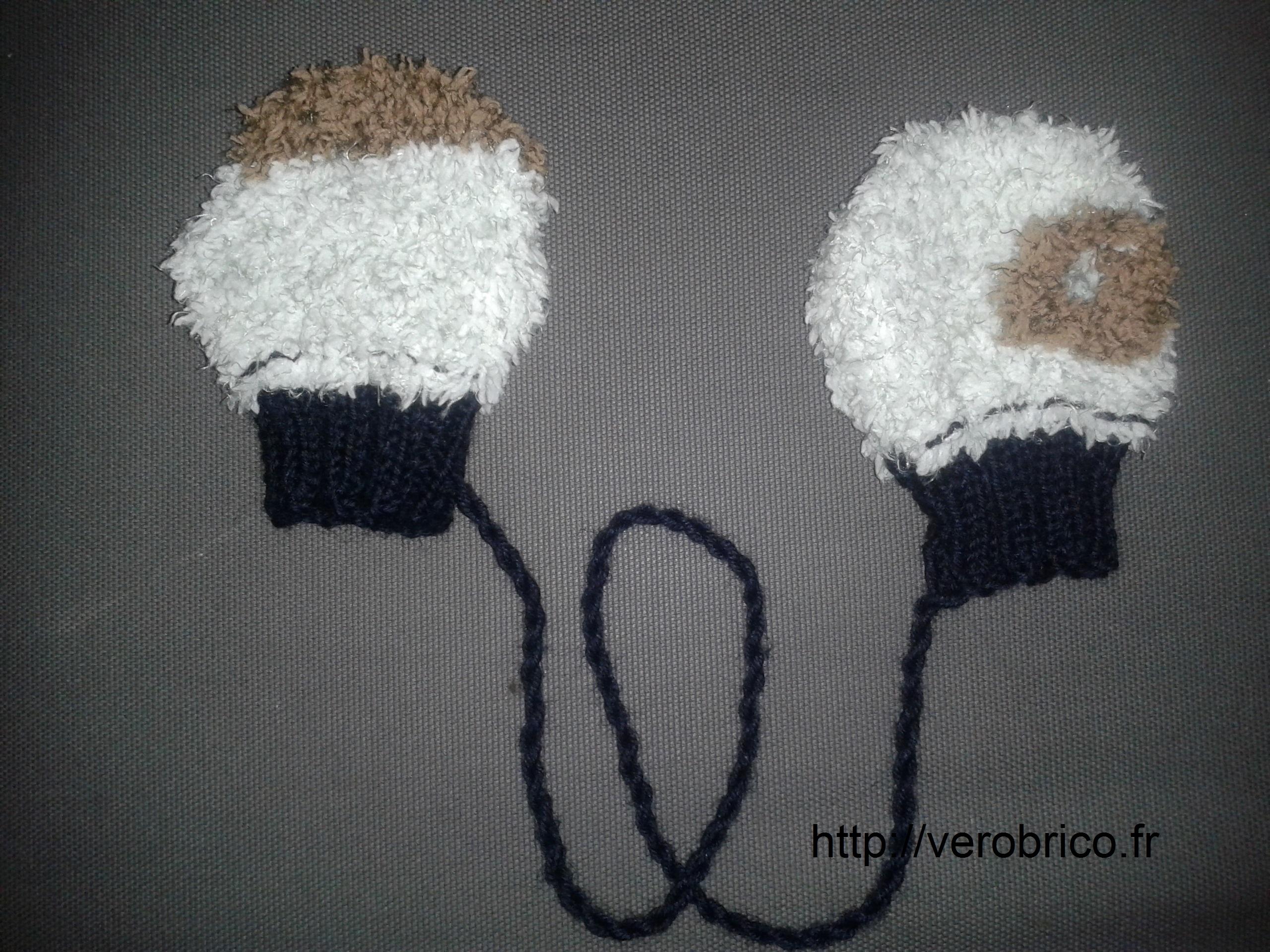 Moufles Bébé (6-12 mois)   Le coin bricolage de Vérobrico 9cfa474b2e5